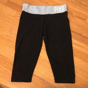 Cropped pink leggings
